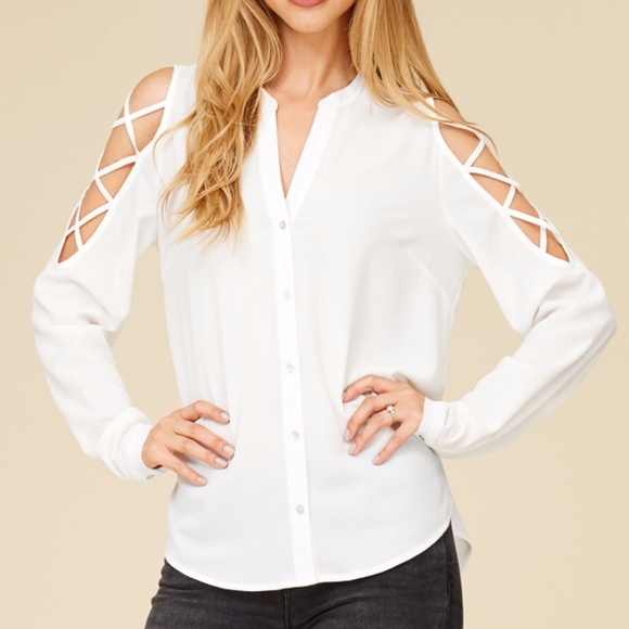 STACCATO Tops - NWT BUTTON DOWN CROSS OVER DETAIL SLEEVE BLOUSE