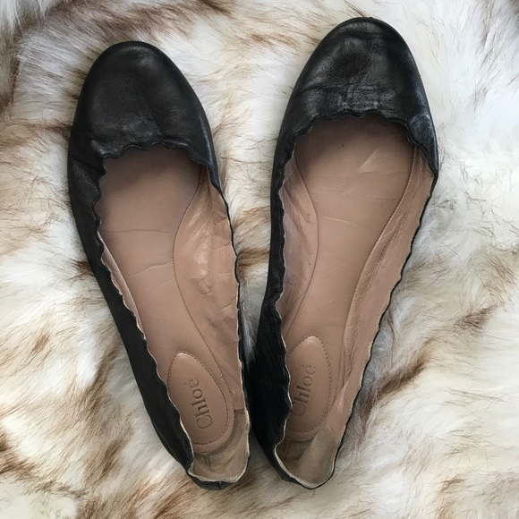 9b46d5345 Chloe Shoes - Chloe  Lauren  Scalloped Flats - Black 8.5