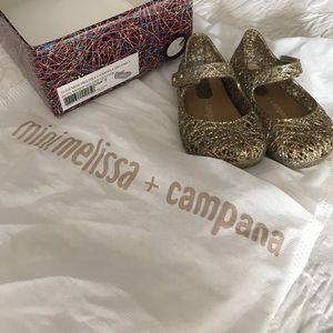 Mini Melissa campana Size 5