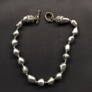 Jewelry - Freshwater baroque pearl necklace