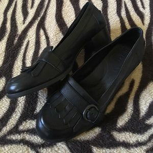 👑 BORN Crown heeled buckle Loafers
