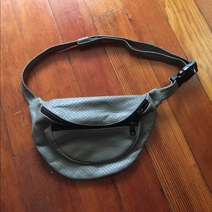 Accessories - Fun Vintage Fanny Pack