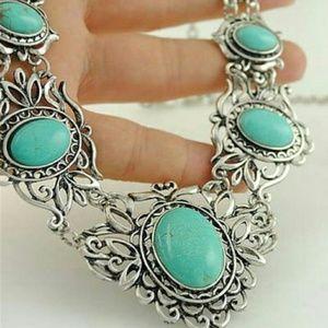 Accessories - Romantic Silver necklace