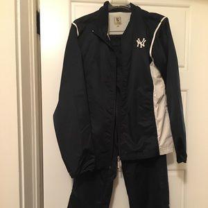 Reduced! NYYankees/Gear warm-up set (jac/pants)