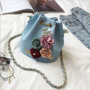 Handbags - 🎉🎉HOST PICK🎉🎉New Dusty Blue Floral Bucket