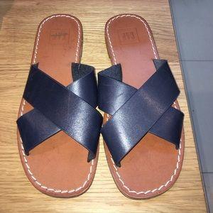 Gap navy sandal