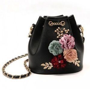 Handbags - New Black Floral Bucket