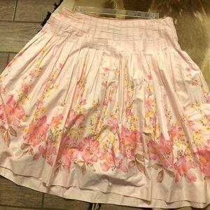 Pink skirt. 18w