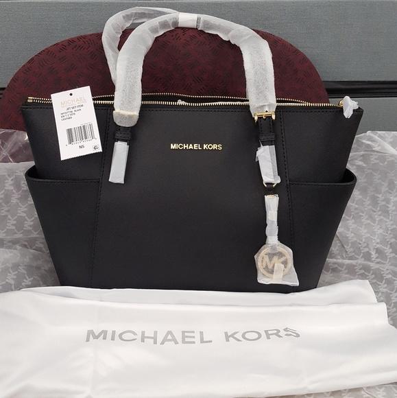 20cfaa9076e1 MICHAEL Michael Kors Bags | Michael Kors Jet Set Travel Medium Top ...