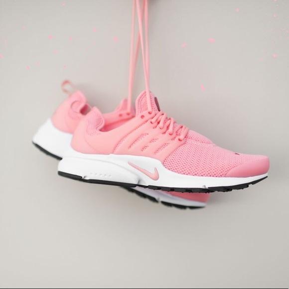 ee0c57bd33db Coral pink nike presto. M 5a063717620ff72e3709b301