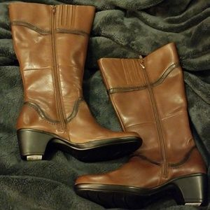 5d6c572d0678 Clarks Shoes - Wide Calf! Clarks Ingalls Vicky 2 Leather Boots