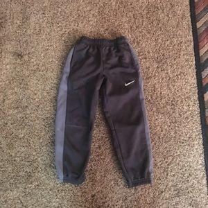 Nike boys thermafit pants