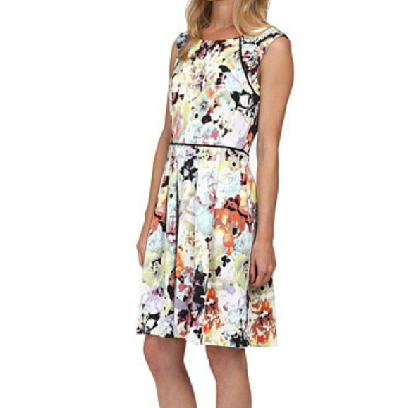 NEW Tahari Plus Size Floral Dress 16 NWT