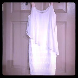 MAKE AN OFFER‼️ En Focus White Formal Dress 8