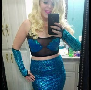 Other - Mermaid costume! 4 pcs, worn 1 X, Blue, size M!!