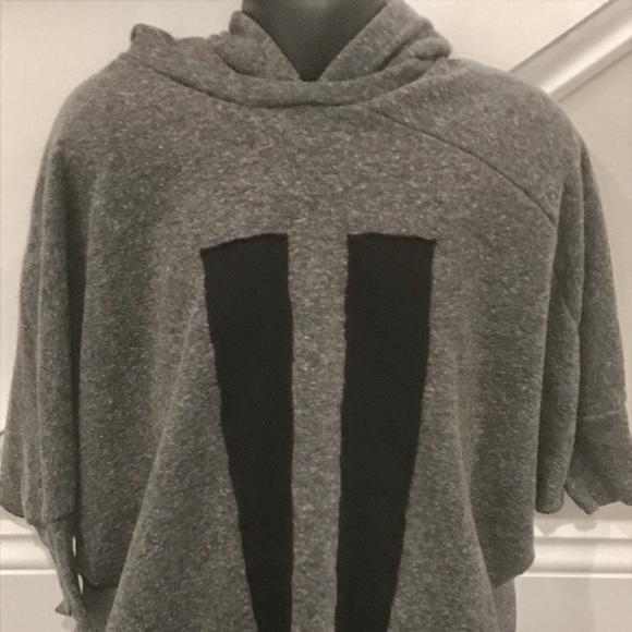Nununu Toddler Girl Grey hooded Poncho sweatshirt