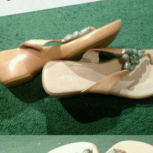 Liz Clairborne Flex Sandals 9