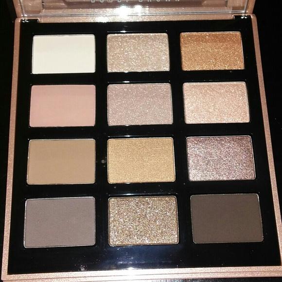 BNIB LE Bobbi Brown Nude Drama Eyeshadow Palette!