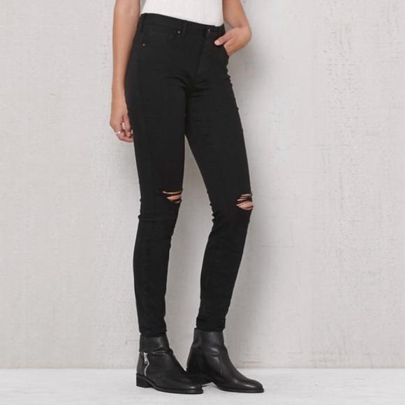 PacSun Black Skinny Ripped Crop Ankle Jeans Cute. M 5a066033b4188eb3240a518a 8cbb62357