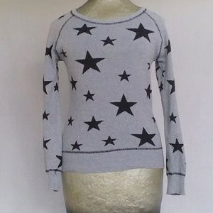 Fitted star sweater