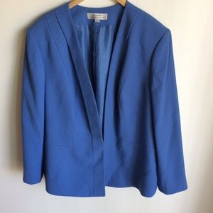 Tahari Blue Suit Jacket. Blue Size 20W