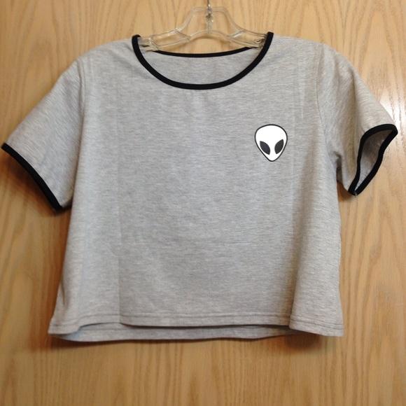 e7ea4f58230 Alien grey crop top tee shirt tshirt aesthetic. M_5a067a8ab4188e8d220aec49