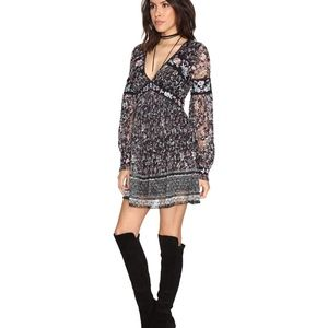 FREE-PEOPLE-BLACK floral lace tunic dress