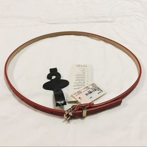 {NWT} FOREVER 21 - Belt - Red