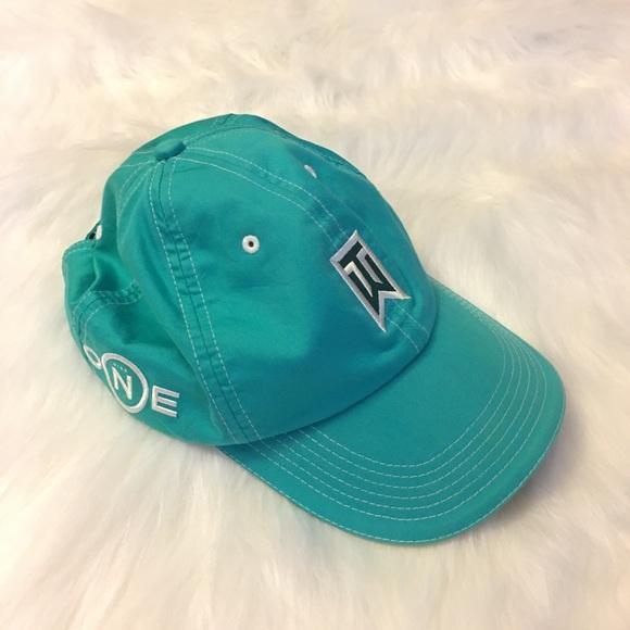 a2956670 Nike Men's ONE TW Tiger Woods Golf Hat Teal. M_5a068d30ea3f36f5800b5665