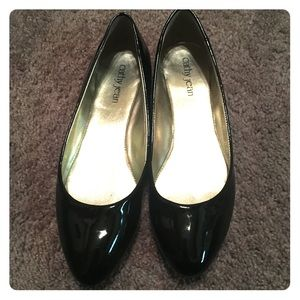 Cathy Jean Patent Leather Flats! Only worn once!