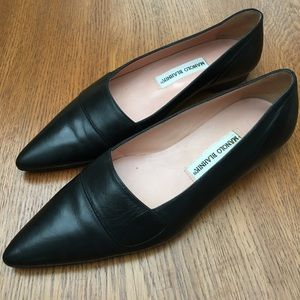 [Manolo Blahnik] Black Leather Flat