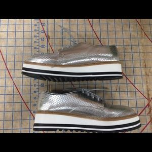 abd350d9901 Steve Madden Shoes - Steve Madden Vassar platform oxford size 8.5