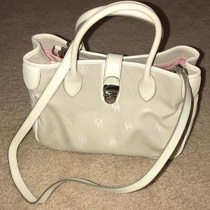 Dooney & Bourke White shoulder bag