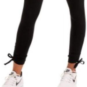 Boston Proper Yoga Tie Laces Leggings