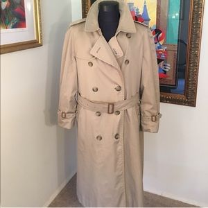 ⭐️BURBERRY LINED COAT/TRENCH RARE 💯AUTHENTIC