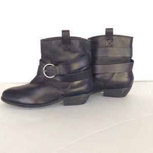 b7e7cb70e90 Aqua Shoes - NWT AQUA ANKLE BOOTS WITH STRAPS AND BUCKLE