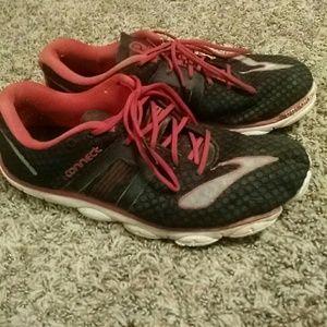 Men's running shoes 10.5