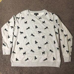 Gray and black sweatshirt