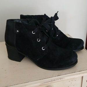 Naturalizee black leather and suede boots
