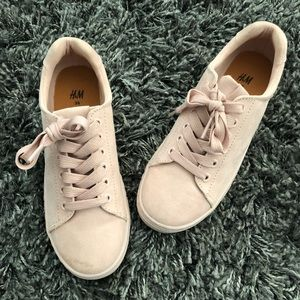 H&M Suede Fashion Sneakers