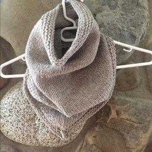 Other - Wool bandana cowl!   Scarf!