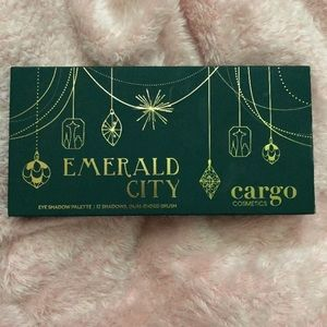 LE Cargo Emerald City Eyeshadow Palette Bundle