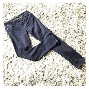 Stretch skinny jeans. Like new