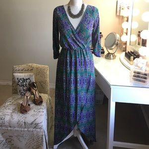 Dresses & Skirts - Beautiful High low faux wrap floral maxi dress