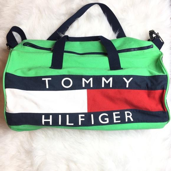 0c6d1f76f6c Vintage Tommy Hilfiger Duffle Bag. M 5a074a6599086a1fad0d288f