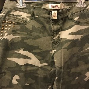 Camo pants with studded accent pocket area
