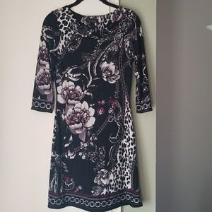 Dresses & Skirts - White House Black Market Tunic Dress Floral XS