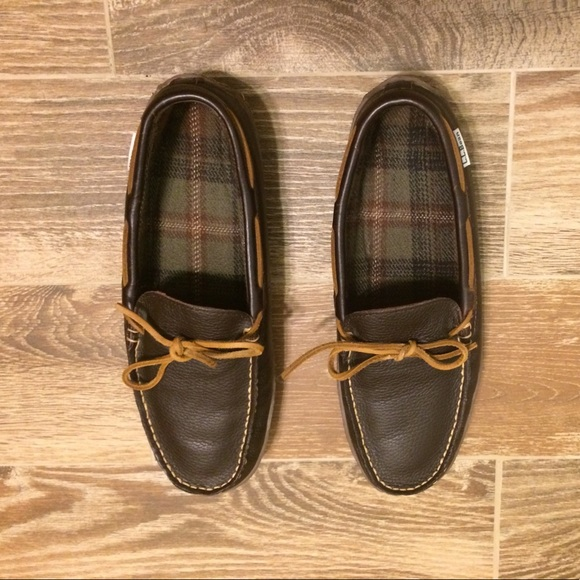 bc277be5c11 LL Bean Other - LL Bean men s hand sewn slippers flannel lined