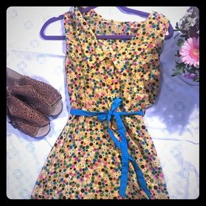 Small TULLE dress Peter Pan collar, button back.