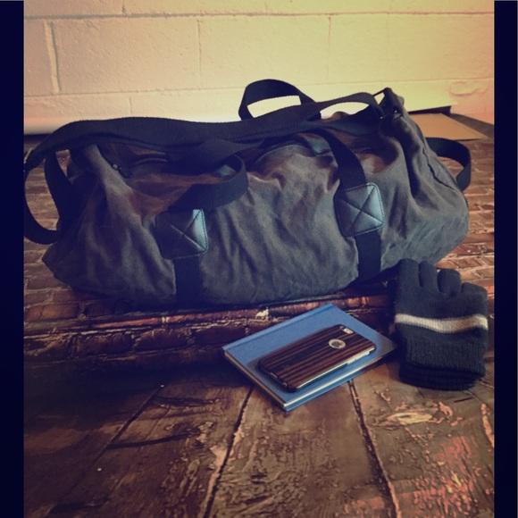 913c584367 Men s a large Canvas Duffel Bag Dark Grey. M 5a0758005a49d01e130d8e35